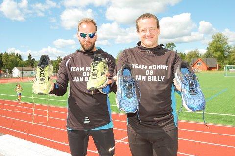 BLI MED PÅ LØPEFEST: 14. juli 2018 arrangerer Jan Billy Aas (til venstre) og Ronny Kristiansen Team Ronny og Jan Billys jubileumsmaraton i Kråkstad.