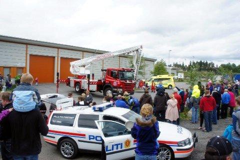 VIL SAMLOKALISERE: Follo brannvesen vil ut av tettbebyggelsen i Ski for å komme raskere frem når det brenner. Oslo universitetssykehus vurderer om de skal flytte ambulansene til samme sted.