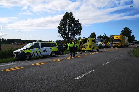 Fredag ettermiddag var det en trafikkulykke ved Kråkstad plantesenter på E18.