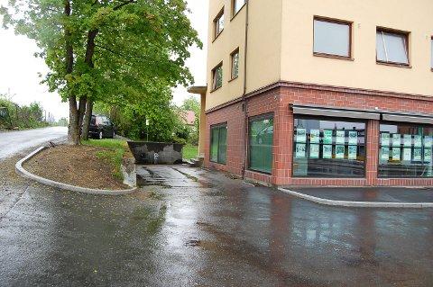 RAN: Den 14 år gamle gutten ble truet til å gi fra seg jakke og mobil ved Waldemarhøyveien 13, ifølge tiltalen.