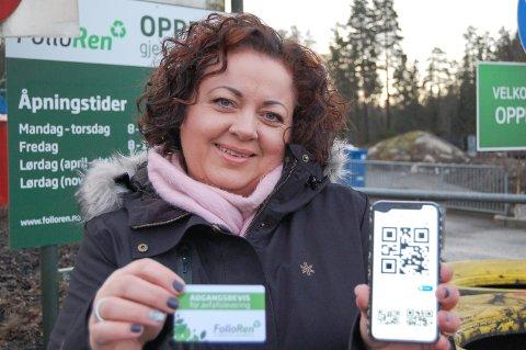 BESTILLER ADGANGSKORT: Kommunikasjonssjef Pia Kathrine Løseth i Follo Ren gleder seg over at mange har skaffet seg adgangsbevis til gjenvinningsstasjonene allerede. Bildet er tatt tidligere i vinter da nyordningen ble presentert.