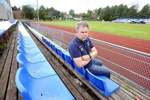 IKKE AKTUELT: Styreleder i Follo FK, Hans Henning Ruud, tror nok at supporterklubben Followers hadde satt pris på en kald en på Ski stadion, men er tydelig på at det neppe vil skje.