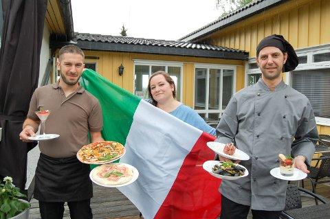 PÅ PLASS I SKI: Pizzachef Massimiliano Rudasso (fra venstre), Silvia Carlucci og Luigi Marando ved oppstarten av Alba Catering på Bøndenes hus i Ski i 2017.