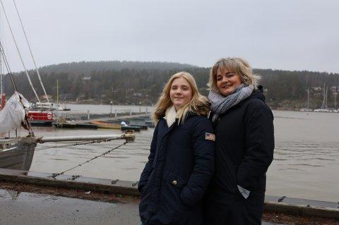 FERIEMODUS: Celine Schiøll (16) og Ann-Christin Vivik (51) har reist til Son og Son Spa i vinterferien.
