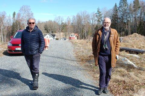 SAKSØKER NORDRE FOLLO: Bålerud drift og utvikling AS, her ved styreleder Sigurd Brynilfsen (til venstre) og styremedlem Knut M. Arnesen, går rettens vei for å få tilbake delingstillatelsen for området de eier i Framveien på Svartskog.