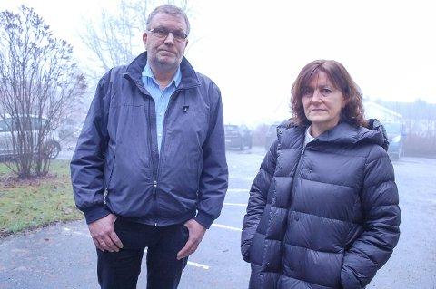 GIR SEG IKKE: Storebror Tom Erik Hjemmen og storesøster og verge Marianne Hjemmen klager på vedtaket om at Langhus boligteam, der lillebror Sindre Hjemmen (43) har bodd i 16 år.
