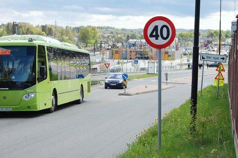 SENK FARTEN: Fartsgrensen i Vestveien har vært 50 km/t. Nå er dette blitt 40-sone.