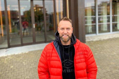 TØFF TID: Ørjan Burøe er glad han har hatt god støtte gjennom halvannet år med uforutsigbarhet i jobben sin.