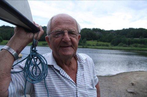 Jan Høeg svømte strekningen Svenner til Larvik i 1939 sammen med sin fetter Per Høeg. Trolig de første som svømte strekningen.