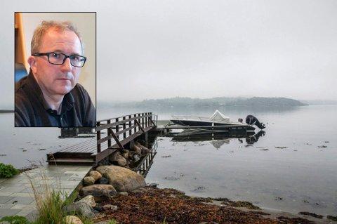 Kommunetopp: Arne Nicander (innfelt) har to ganger blitt ilagt tvangsmulkt av sin egen arbeidsgiver, Larvik kommune. Nå slipper han å betale den ene av dem.