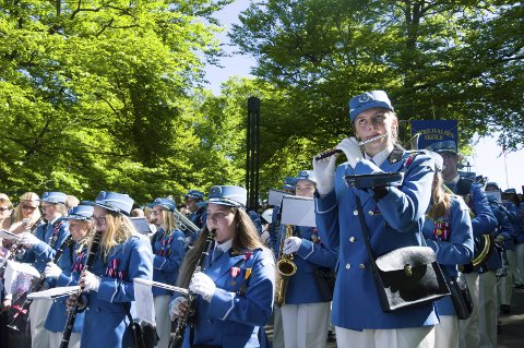 KONSERT: Nå trkker Østre Halsen skolekorps innendørs på Teaterhuset Munken for en konsert søndag.
