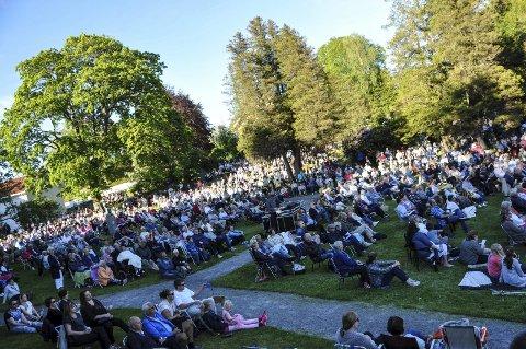 Folkefest: Lørdag er det folkefest på Tollerodden og i Indre havn.