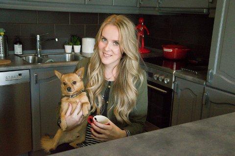 Ine Vedeld var en av de første bloggerne i Norge. Etter et opphold på fire år, er hun igang igjen med bloggen Heels & Wheels.
