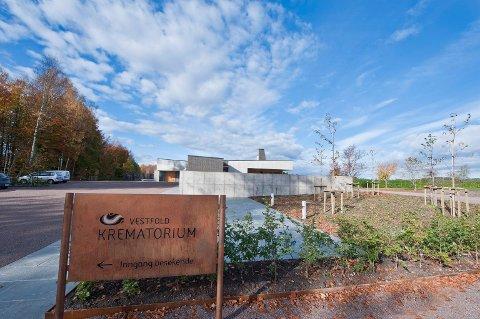SEREMONIPLASS: Ved fylkets eneste krematorium er det fullt mulig å avholde seremoni, enten før eller etter en kremasjon. Det interkommunale Vestfold krematorium har vært i drift siden 2010.