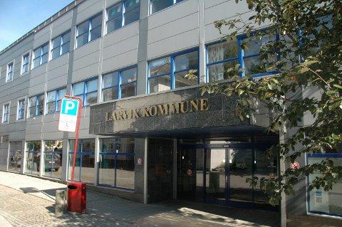 Håndterte saken: Larvik kommune ved daværende helsesjef Carl Erik Mathisen håndterte saken med legen.