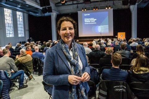 Informerte i Sliperiet: Bane NORs planleggingssjef Hanne Sophie Solhaug.