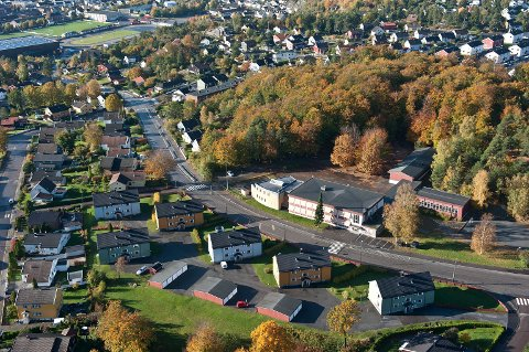 Lille Bøkeskogen kalles en ca 20 dekar stor bøkelund mellom Ulåsen barnehage og Byskogen skole.