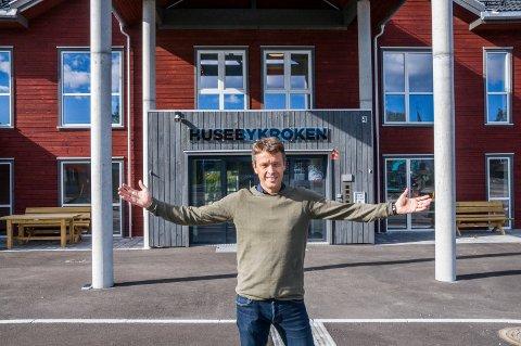 KLARE FOR SALG: 16 omsorgsboliger fullstappet med det nyeste nye innen velferdsteknologi kommer nå ut for salg. – Så langt har åtte skrevet seg på interesselista, forteller Larvik kommunes Terje Lund.