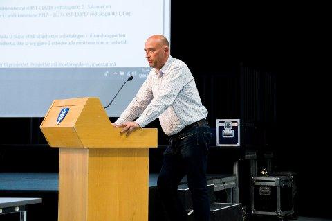 BLE IKKE ERSTATTET: Ingen vara møtte opp da Tor Kåre Hansen Odberg måtte forlate kommunestyret. Det endte med voteringstap i en sak for Frp.