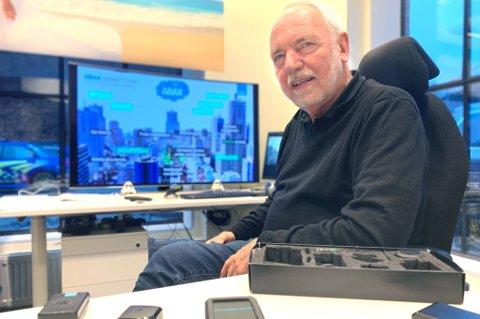 GURUEN: Tor Engebretsen har lang erfaring i teknologibransjen, og utviklingen av produkter til bruk i en smart by er noe han brenner for.