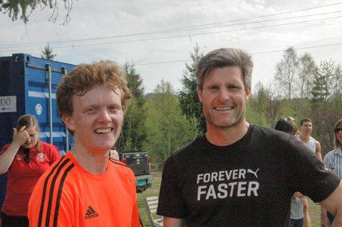 BYTTET PLASS: Det ble et revansjeoppgjør for unggutten Sindre R. Holt fra  Hedrum o-lag, som vant den 6,5 kilometer-sløyfa på 22.43, og slo Kjetil Sørum.