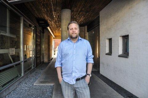Kjetil Vold er skeptisk til kommende endringer på Bøkkerfjellet. Foto: Lasse Nordheim
