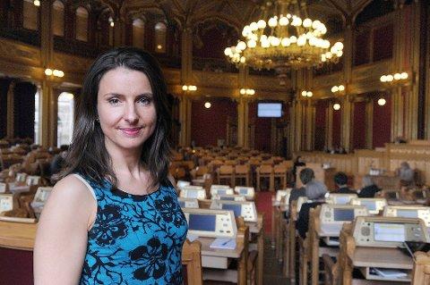 KRITISK: Stortingsrepresentant og justispolitisk talskvinne for Senterpartiet Jenny Klinge er kritisk til Erna Solbergs beskrivelse av innføringen av politireformen. (Arkivfoto)
