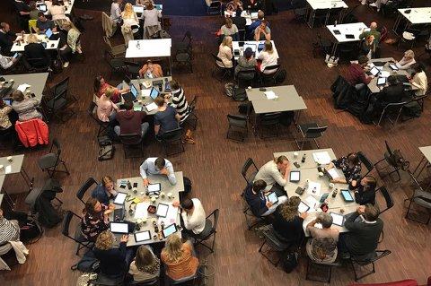 KURSING: Lærere i Stavanger har fått eksperthjelp fra Larvik for å bli bedre på bruk av IKT i skolen.