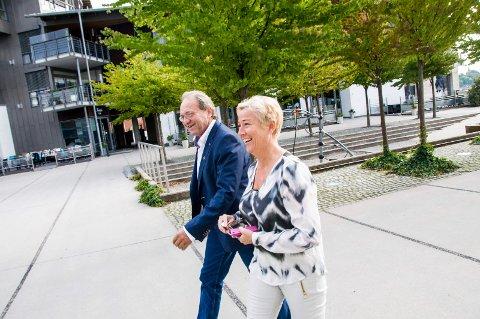 FRP-TOPPER: Gina M. Johnsen og Per Manvik har vært Frps mest markante politikere i Larvik de siste periodene.