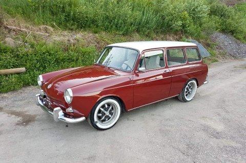 STJÅLET: Denne veteranbilen ble stjålet fra en garasje natt til mandag. Eieren håper naturligvis at han får bilen tilbake.