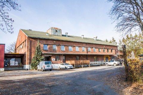 SOLGT: – Timingen var riktig, sier Per Roy Helgeland, som har vært eier av bedriften siden 1986. I 1999 flyttet den hit til Meierigården på Torstrand.