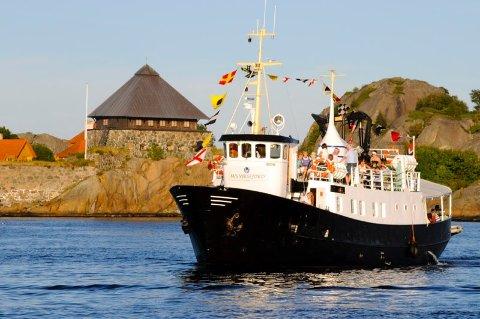 TRENGER STØTTE: MS Viksfjord er avhengig av støttemidler for å kunne sette opp sommerruta mellom Stavern, Malmøya, Svenner fyr og Stavernsodden. Det er enda uvisst om det blir noe av skjærgårdsruta i 2020.