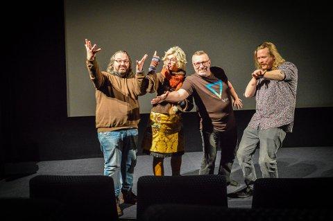 MØT FORSNAKKERNE: Øyvind Fragasso Eriksen, Anne Kari Ramberg, Trond Aarstad jr og Kristian Bålsrød er alle lidenskapelige filmelskere som forteller om filmene som vises i Matinéklubben i Bølgen på søndager.