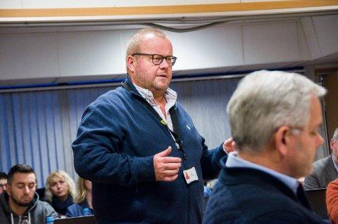 ER SPENT: Økonomisjef i Larvik kommune, Paul Hellenes., sier han er spent på hvordan kommunen kommer ut økonomisk på grunn av koronapandemien.