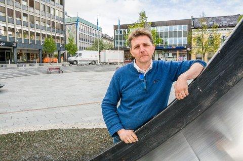 OPPSAGT: Paal Espen Wingaard har vært daglig leder for Larvik By AS siden høsten 2017. Nå er han sagt opp. (arkivfoto)