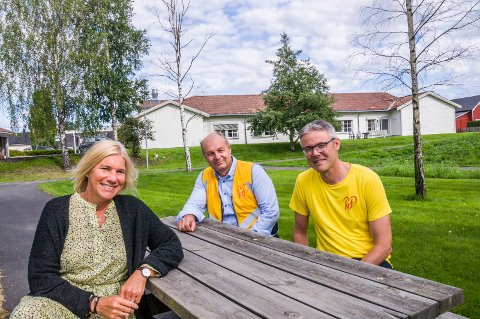 KRF-KANDIDATER: Dorthe Kyvik Bårnes (t.v.), Olaf Holm og Helge Ivar Vågen.