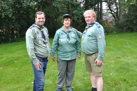 LEDERE: f.v. Lars Magnus Johanse, Anita Storaker Gregersen og Thor Kristian Larsen skal lede speidergruppen på Østre Halsen.