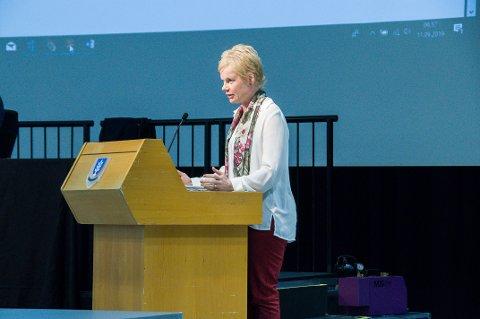 STERKT UENIG: Magdalena Lindtvedt er sterkt uenig i vedtaket som ble fattet i torsdagens digitale kommunestyremøte.