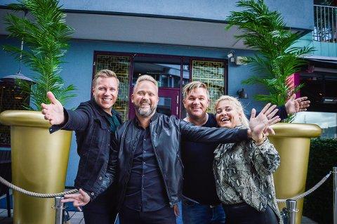 COCKTAILBAREN ER EN SUKSESS: Venneparene Tor Daniel Berge, Jan Gisle Majors, Henning Solberg og Maud Solberg driver den splitter nye restauranten Sanoma på Tjuvholmen.