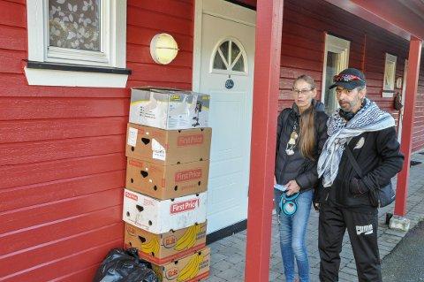 RASER: Gunhild og Nidal Marzuk har ikke flyttet skikkelig inn i leiligheten, da de krever et nytt sted å bo.