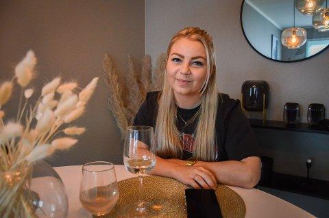 HADDE IKKE TRODD: Celina Sannerud Svanberg leide leilighet i Tønsberg da hun var heldig og vant 200.000 til å kjøpe sin første bolig da Alfa Eiendom arrangerte Inspirasjonsprisen i fjor. - Jeg hadde ikke trodd jeg skulle greie å kjøpe min egen leilighet så fort, smiler hun.