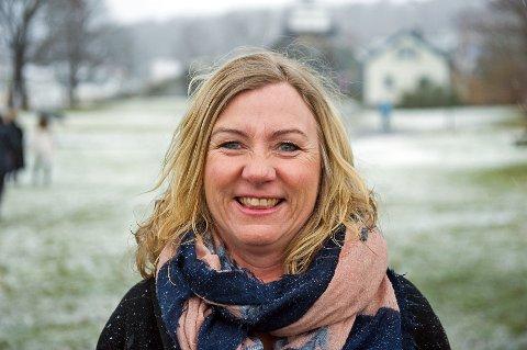 HAR VENTET: Monica Hammari forteller at de fleste ansatte på sykehjemmene i Larvik har sett fram til å få vaksinen mot koronaviruset.  – De har ventet på vaksinen og det oppleves trygt å ha fått den, sier hun.