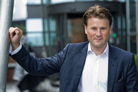 Administrerende direktør i Norsk Takst, Are Andenæs Huser, sier det kan være mye å tjene på å pusse opp deler av boligen før salg.