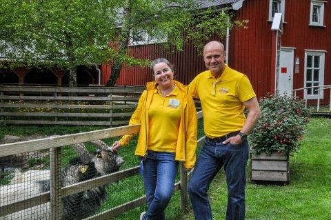 Helene og Sigmund Foldvik er i full gang med sesongen i familieparken. Her fra åpningen på Kristi himmelfartsdag.