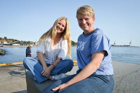 SPENNENDE PLANER: Tine Østby og Trine Sjølyst ønsker seg nye medlemmer til Larvik Teater.