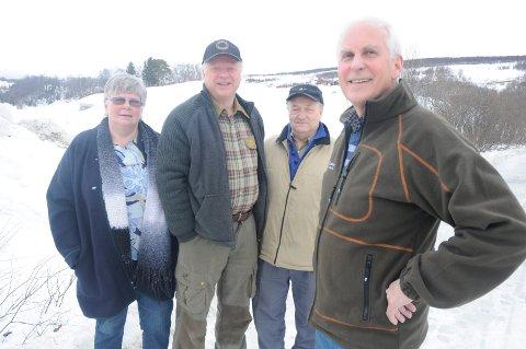Utvalgte: Arne Nyaas (foran) er leder i bildegruppa. Fra venstre Aud Grue, Ola Krog og Jon J. Meli. Foto: Jon Iver Grue
