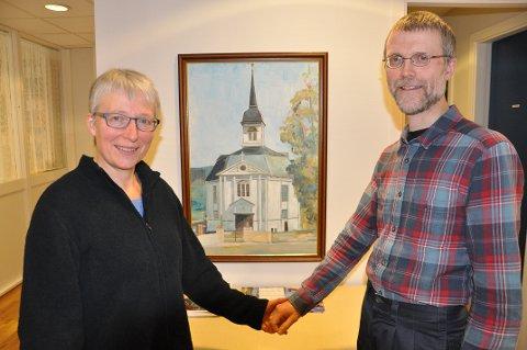 VELKOMMEN TIL HOVEDKIRKEN: Søndag blir en stor kirkedag i Stor-Elvdal hovedkirke for diakon og prest. (Foto: Sigbjørn Kristiansen)