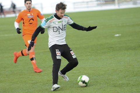 SCORING: Petter Vaagan Moen satte inn kampens første mål mot Raufoss søndag ettermiddag. (Arkivfoto)