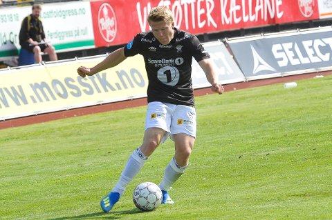INNSATS-GARANTIST: Kristian Eriksen har vært en viktig brikke i Elverums A-lag, men etter to sesonger i svart og hvitt er han nå tilbake i HamKam.