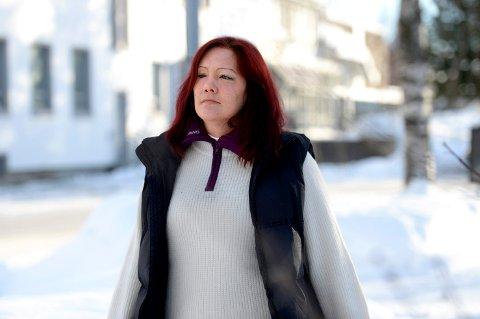 Forbannet: Siv Helene Ramsjø er sjokkert over politiets måte å behandle henne og moren på. Ikke til å tro, mener 38-åringen.